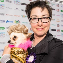 SUE PERKINS TAKES A BREAK FROM THE GREAT BRITISH BAKE OFF TO LEND HER SUPPORT photo Julia Claxton.