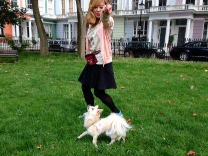 CHANEL TROTTING BEAUTIFULLY IN CHALCOT SQUARE