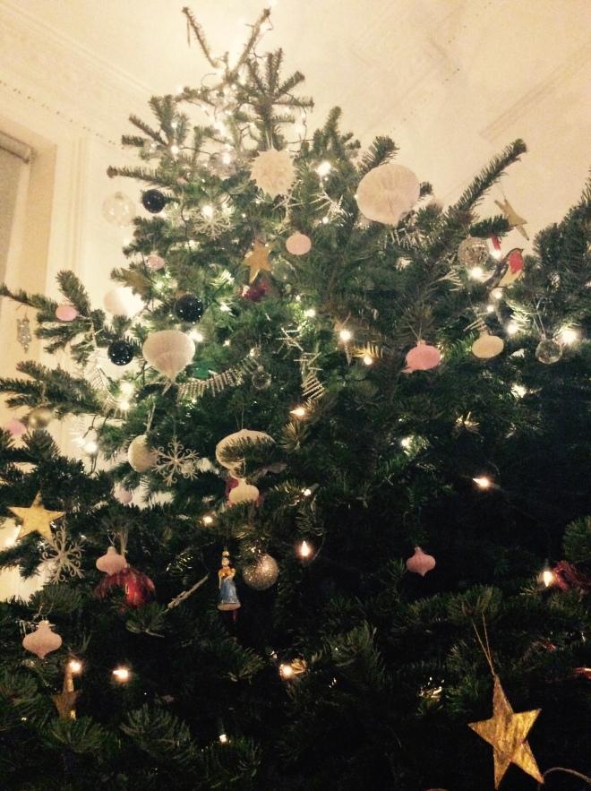 A VERY MERRY PRIMROSE HILL CHRISTMAS PART 2: BEAUTY